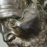 restauro busto michelangelo buonarroti